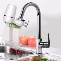 Robinet de apa cu filtru pentru purificare